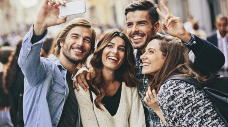 Build Relationships by Paying Attention to Customer Engagement