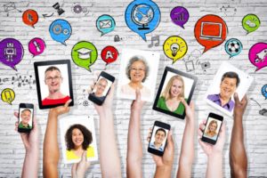 9 Ways to Build Positive Social Media Community Engagement